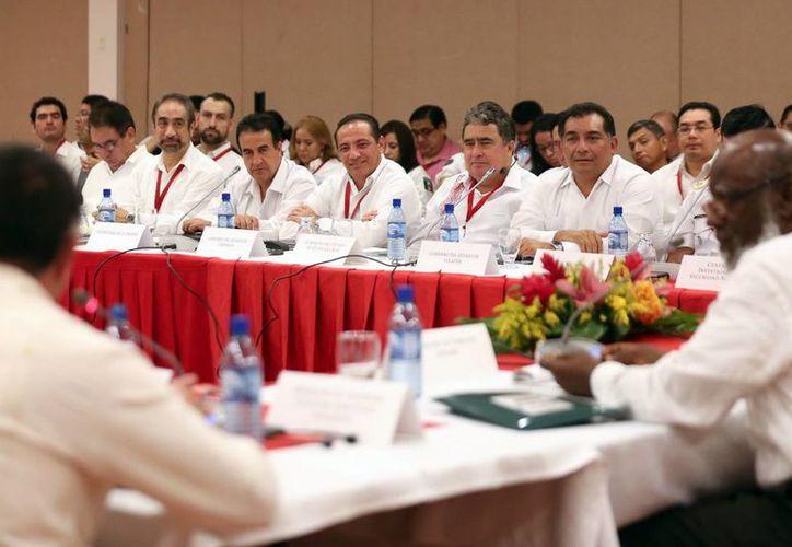 Imagen del secretario de Gobierno, Víctor Caballero Durán, durante la VIII Reunión de la Comisión Binacional México-Belice. (Milenio Novedades)
