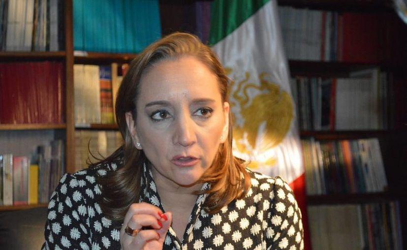 La secretaria de Relaciones Exteriores, Claudia Ruiz Massieu, acompaña al Presidente de la República en gira de trabajo por Alemania. (Notimex)
