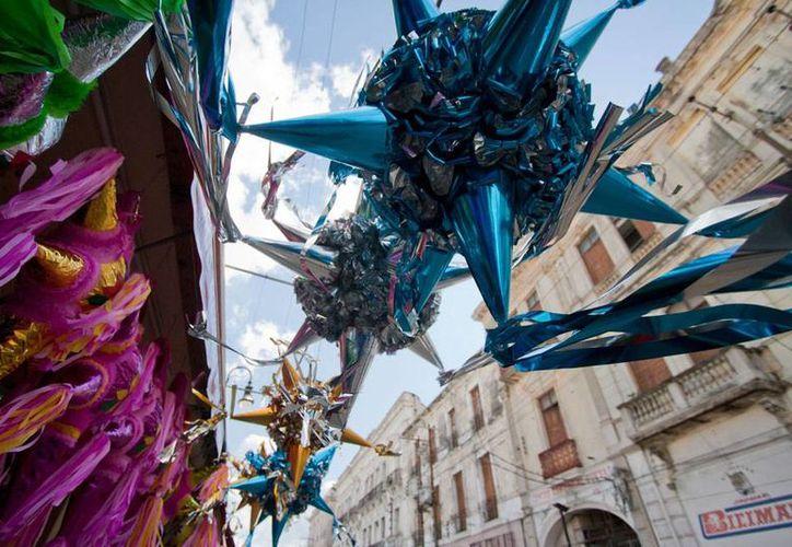 Aunque los comerciantes de piñatas de Mérida diversifican, año con año, las figuras para lograr más ventas en temporada decembrina, las más buscadas con las tradicionales de la época, como las de 'picos' que según representan los pecados capitales. (NTX)