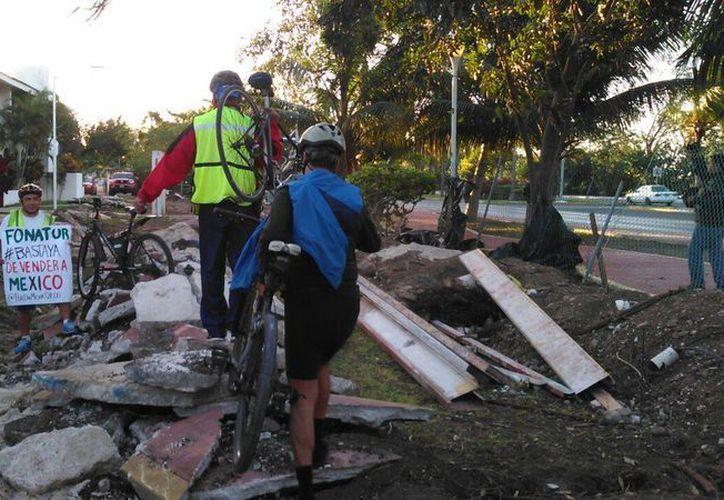 Las obras de modificación de la ciclopista quedaron abandonadas. (Redacción)