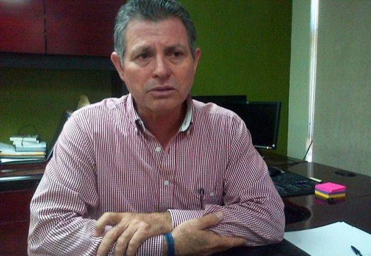 Genaro García Castro: ya están a disposición de la PGR los 73 custodios que estaban en labores al momento de la fuga de los operadores de 'El Chapo'. (excelsior.com)