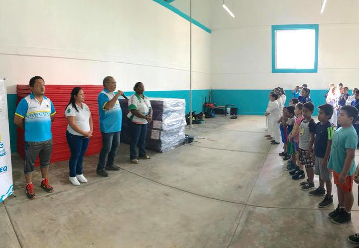El Centro de Formación Deportiva, está funcionando por la mañana y por la tarde para la comunidad. (Foto: Redacción/SIPSE).