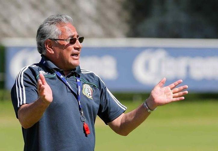 Cuéllar: queremos instalar centros de formación en Guadalajara, Monterrey y en Baja California Norte. (Notimex)