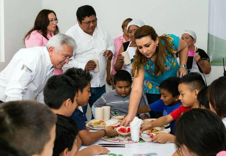 Sara Blancarte de Zapata, presidenta del DIF Yucatán, inauguró la Jornada Anual de Cardiología Infantil 'Cable salvavidas'. (Milenio Novedades)