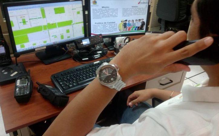El personal fue capacitado para el cambio de número de emergencias. (Eric Galindo/SIPSE)