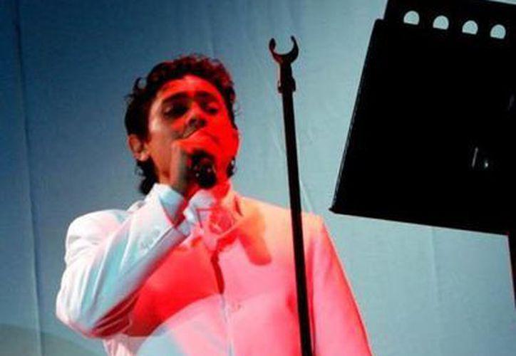 Imagen de Víctor González Pérez, quien recordará en su concierto la música de la época de oro del cine mexicano. (Milenio Novedades)