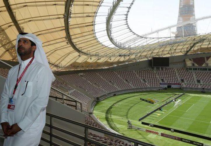 El Mundial de Qatar se jugará en invierno y obligará a todo el mundo a mover calendarios para evitar el infernal calor veraniego de ese país (Foto: okdiario.com)