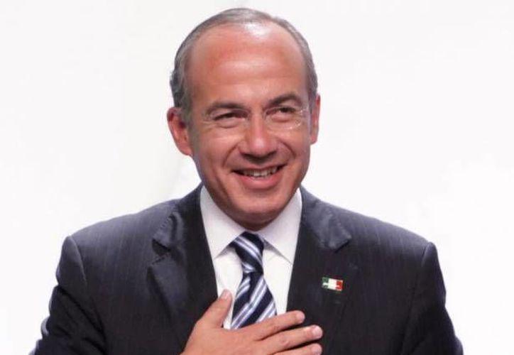 """En Paraguay, el expresidente Felipe Calderón sostuvo que las organizaciones criminales """"han adquirido tal grado de sofisticación que se están apoderando de las instituciones"""". (Archivo/Notimex)"""