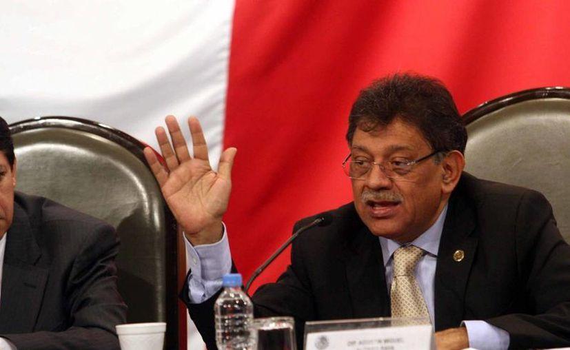 Miguel Alonso Raya: 12 de las observaciones son de fondo.  (www.diputadosprd.org.mx)