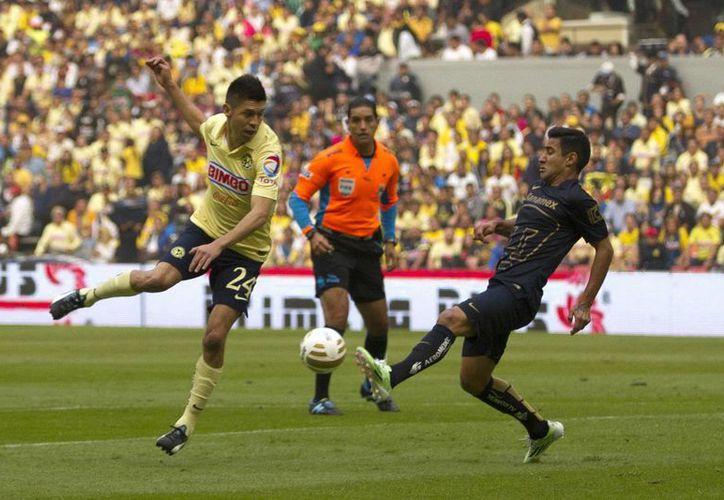 El América, que eliminó a Pumas de la UNAM en cuartos de final, jugará como visitante contra Monterrey el jueves a las 21:00 horas y será anfitrión el Estadio Azteca el domingo desde las 18:00 horas. (Notimex)