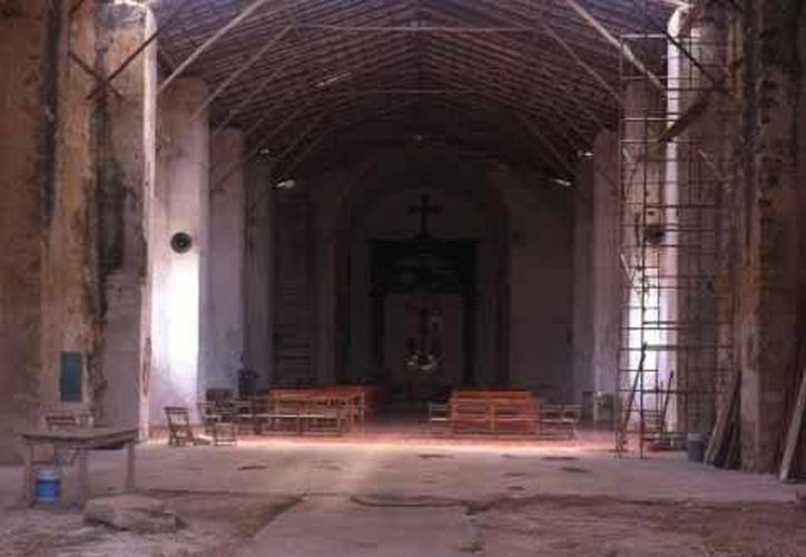 La iglesia de Sabán es una de las más grandes en Quintana Roo, la cual está dedicada a San Pedro. (Ángel Castilla/SIPSE)