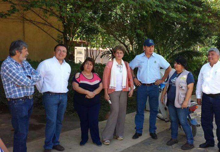 La estancia en Mérida de los ediles monclovenses incluyó reuniones para conocer los procesos de aseo urbano y programas de Ecología. (SIPSE)