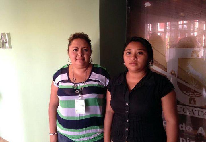 Las regidoras panistas Anet Marín Madera y María Luisa Nah Xooc dijeron que el alcalde Tekantó las eliminó de la nómina. (Milenio Novedades)