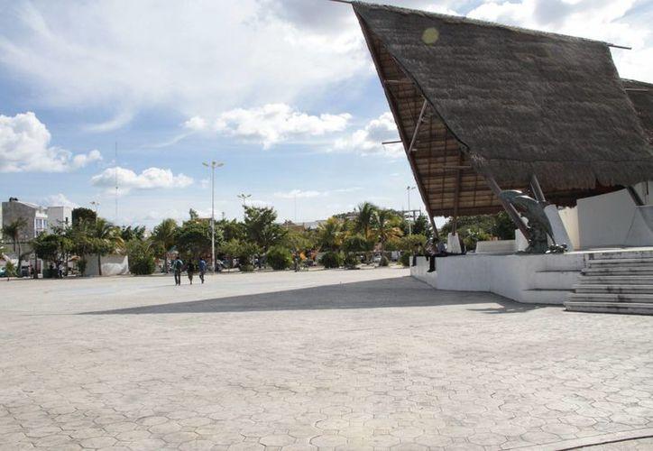 El parque de Las Palapas se invadirá de espíritu navideño. (Tomás Álvarez/SIPSE)