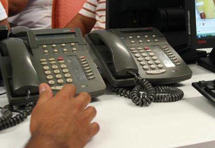 Quienes no deseen recibir información publicitaria de productos y servicios financieros a través de su línea de teléfono pueden registrarse en el padrón de Reus. (Archivo/SIPSE)