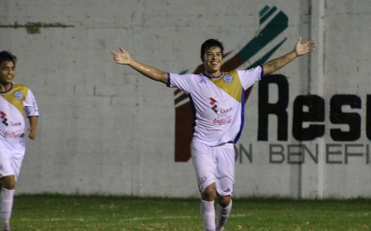 Lucha por el sitio  de honor dentro del Grupo Uno de la Tercera División. (Ángel Mazariego/SIPSE)