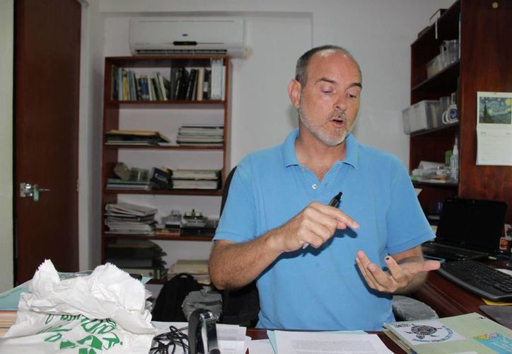 Paul Sánchez Navarro, director del Centro Ecológico Akumal. (Adrián Barreto/SIPSE)