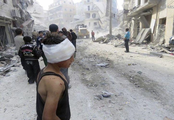 El Estado Islámico atacó Siria con misiles en los que utilizó gases químicos, informó el ejército turco. (Foto: AP/Thiqa News)