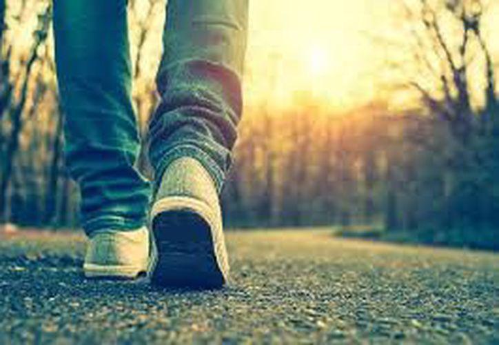 Un estudio científico confirmó que se deben caminar 15,000 pasos. (Contexto/Internet).