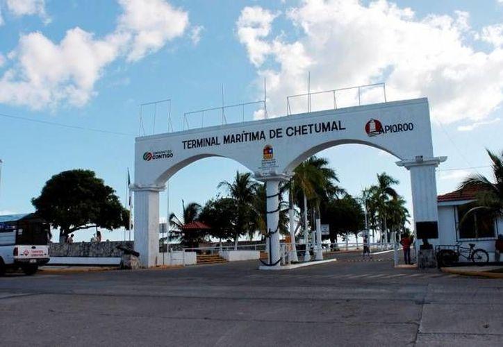 Prevén colocar las casetas de información en los alrededores de la Terminal Marítima de la capital. (Harold Alcocer/SIPSE)