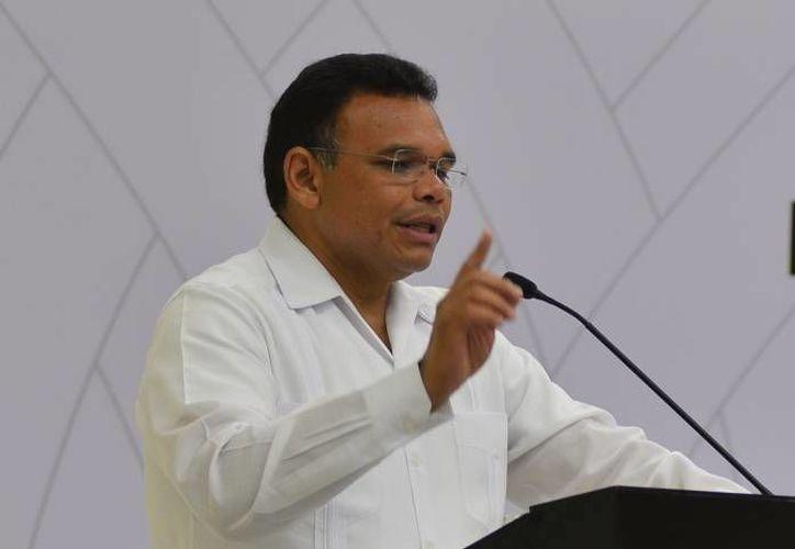 El gobernador Rolando Zapata estará este viernes en instalaciones de la Sagarpa y de Diconsa. (Milenio Novedades)