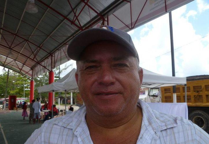 Delegado encabeza recorridos de la Policía Municipal. (Raúl Balam/SIPSE)