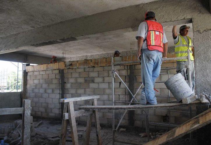 La Secretaría del Trabajo y Previsión Social reporta en sus estadísticas 713 mil 228 personas ocupadas en el estado. (Harold Alcocer/SIPSE)