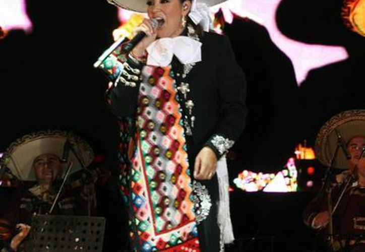 Aída Cuevas se dedica a la música vernácula. (Notimex)
