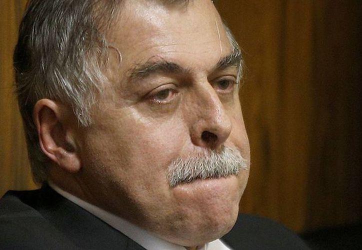 Paulo Roberto Costa podrá cumplir una parte de su condena en casa gracias a que colaboró para armar el caso. (Archivo/Notimex)