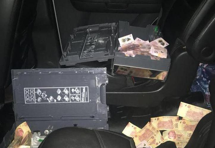 En el vehículo de los acusados se encontraron evidencias del robo a cajero automático en Zamná. (SIPSE)