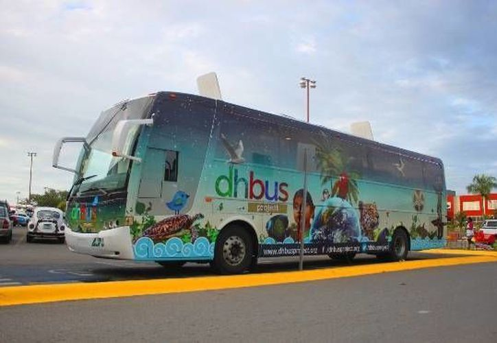 El DhBus Project logró impactar a más de 36,000 mil personas. (Daniel Pacheco/ SIPSE)
