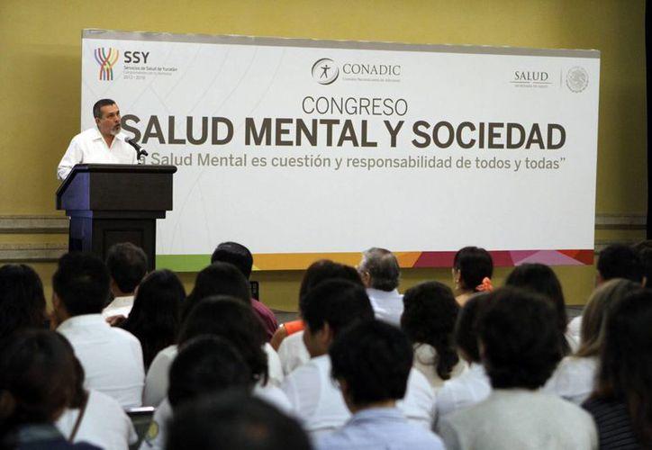 Manuel Ruiz Mendoza, subdirector de Salud Mental, aseguró que es necesario devolver la dignidad a las personas que tienen algún padecimiento mental. (Milenio Novedades)