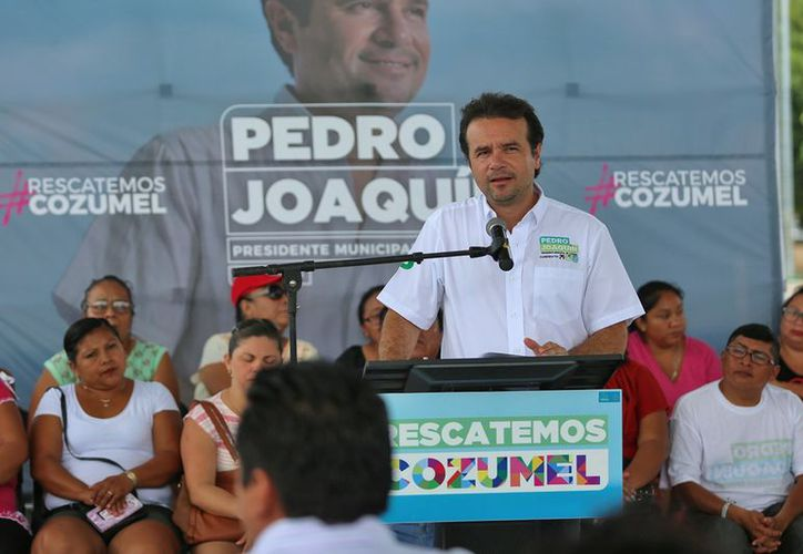 Pedro Joaquín habló de las acciones que estarán enfocadas al empoderamiento económico de la mujer. (Redacción/SIPSE)