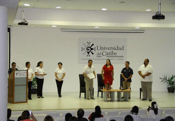 Realizarán conferencias ante más de un centenar de personas. (Miguel Ángel Ortiz/SIPSE)