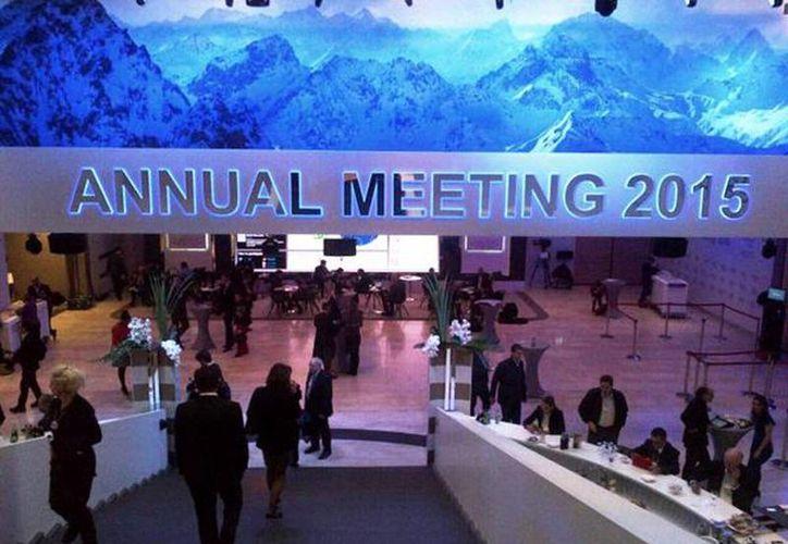Imagen del 45 Foro Económico Mundial de Davos en Suiza. Enrique Ochoa Reza destacó que acudió para promover la reforma energética y entrevistarse con otras grandes empresas del sector y con proveedores. (@EnriqueOchoaR)