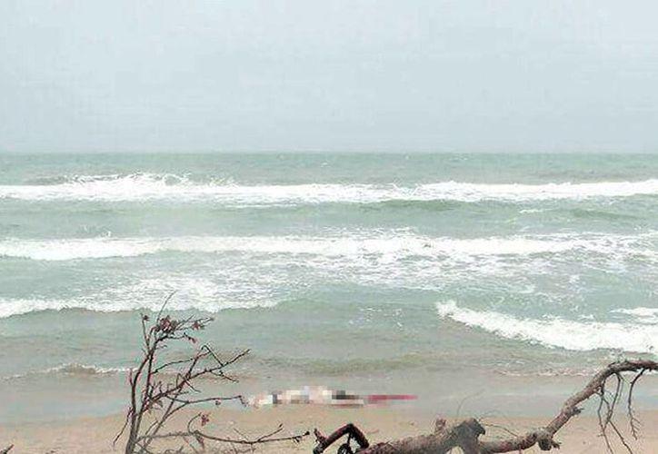 El cuerpo de la joven fue encontrado por un pescador, en la comunidad de Pailebot, en Tabasco. (Milenio Novedades)