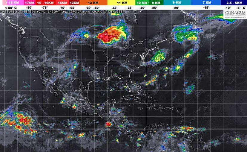 La Onda Tropical Número 15, recorrerá la Península de Yucatán y el sureste de México. (SMN)