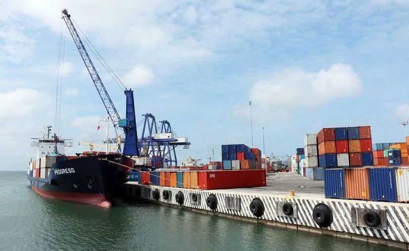 De enero a mayo de este año se exportó 390 mil toneladas de carga de mercancías diversas. (Archivo/Sipse)