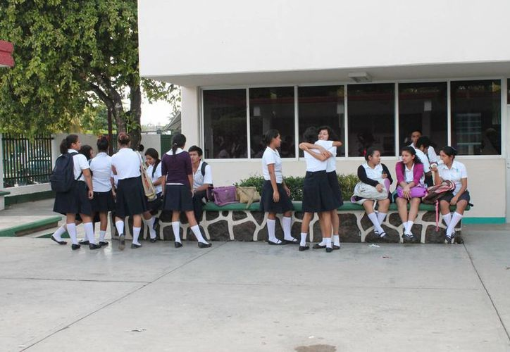 Los telebachilleratos estarán en los municipios  Lázaro Cárdenas, Isla Mujeres, José María Morelos y Felipe Carrillo. (Harold Alcocer/SIPSE)