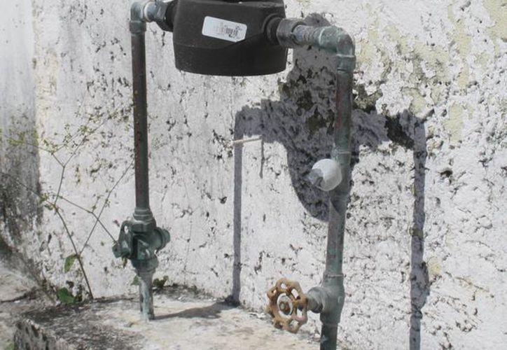 El contrato estipula la conexión a drenaje y agua potable. (Octavio Martínez/SIPSE)
