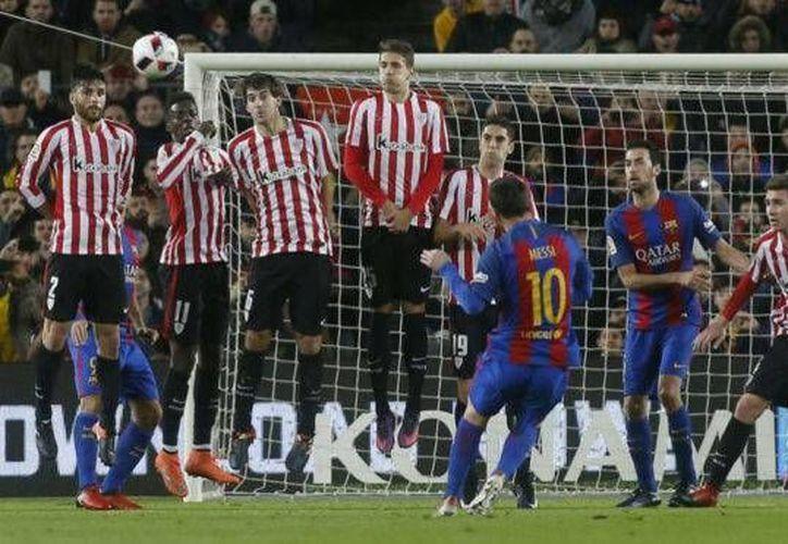 Messi y Suárez hicieron dos golazos, y Neymar marcó tras una sequía de cuatro meses, y con ello Barcelona ganó 3-1 al Bilbao y avanzó a cuartos de final de Copa del Rey. (Foto: marca.com)