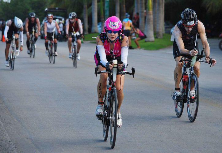 El objetivo es que se pueda convivir armónicamente automovilistas, peatones y velocipedistas. (Jesús Tijerina/SIPSE)