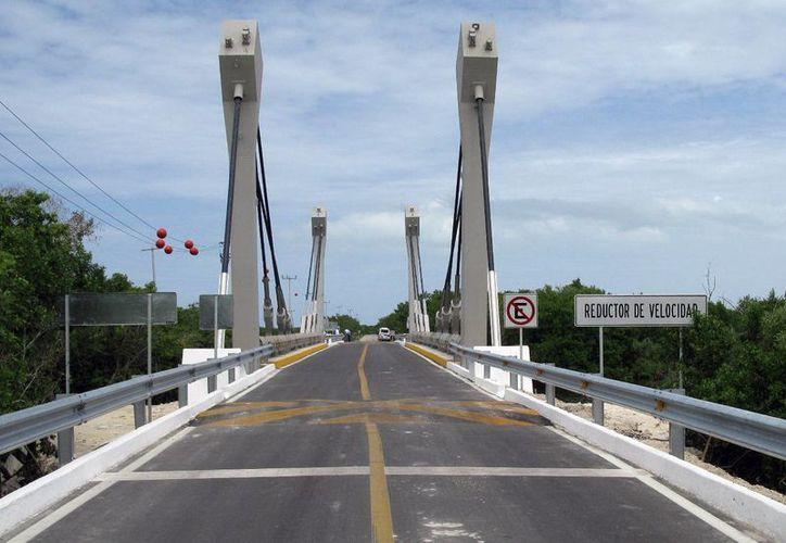 El nuevo puente detonará el desarrollo turístico, pesquero e industrial de la zona. (Milenio Novedades)