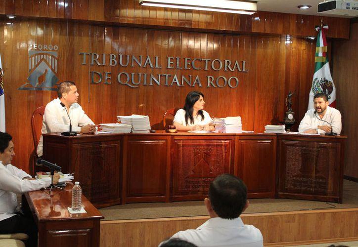 El aspirante busca que se declare inconstitucional la fracción II del artículo 106 de la Ley de Instituciones y Procedimientos Electorales. (Joel Zamora/SIPSE)