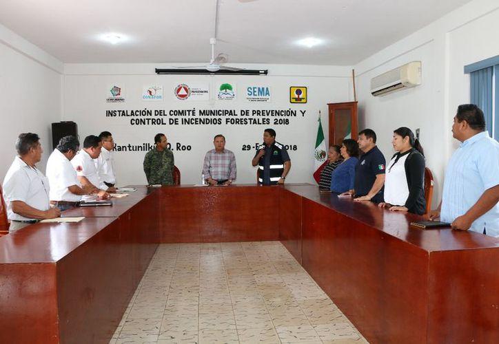 El evento se llevó a cabo en la sala de juntas del Ayuntamiento. (Raúl Balam/SIPSE)
