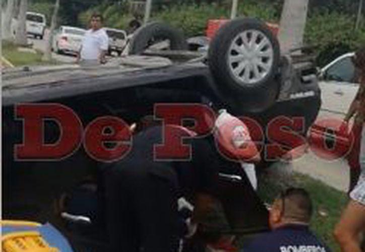 Tres personas resultaron lesionadas en el lugar, quienes fueron trasladadas a un hospital de Playa. (Redacción)