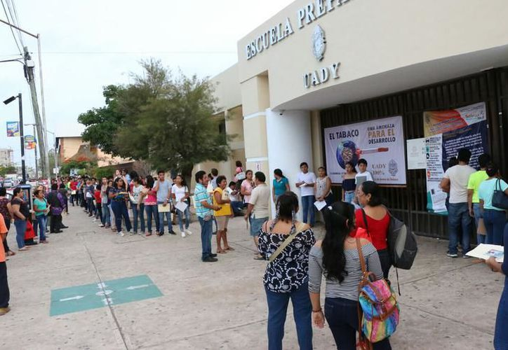 La Secretaría de Educación busca 'blindar' a los jóvenes para que elijan escuelas con la calidad. (SIPSE)