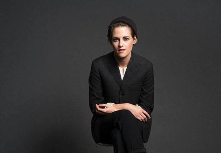 """Kristen Stewart  actúa en """"Nubes de María"""" del director francés Olivier Assayas, que se estrena el 10 de abril en Estados Unidos. (Agencias)"""