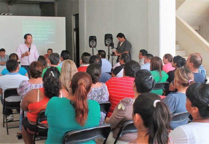 En el evento asistió la ciudadanía en general que presentó algunas observaciones. (Javier Ortiz/SIPSE)