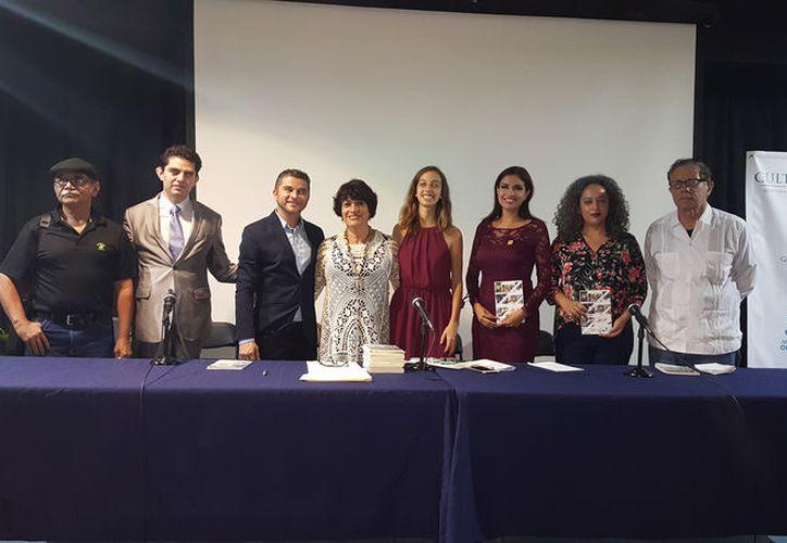 """Enriqueta Nava ganó el primer lugar con el cuento """"Los consejos del terapeuta"""". (Foto: Ivett Y Cos)"""